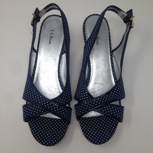 L.L. Bean Women Blue Polka Dot Open Toe 8M Sandal